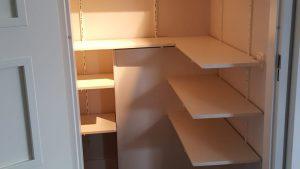 rbhoutwerk trapkast planken plaatsen